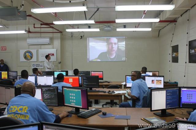 美国监狱开编程课 囚犯出狱后可当计算机工程师